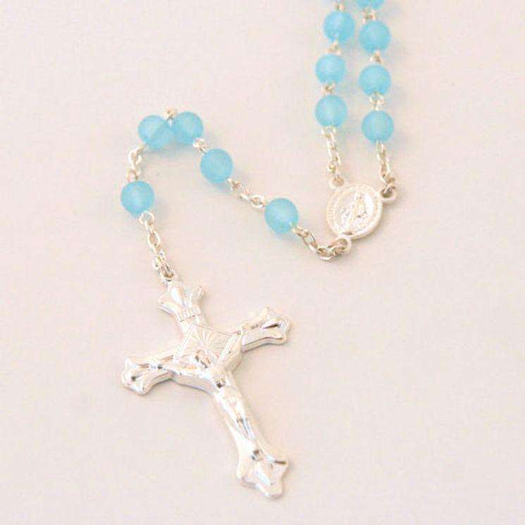 Lot de 12 - Chapelet sur chaine argentée, perle plastique sablée bleue ronde de 6mm