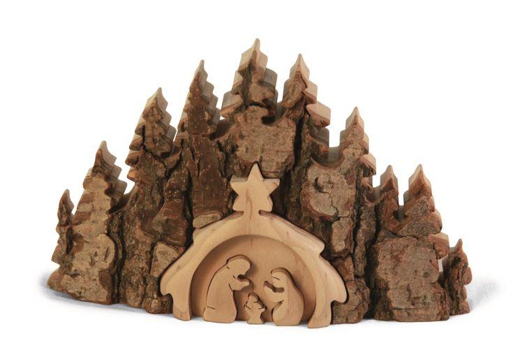 Crèche en bois naturel  Motif sapins 8.5 cm